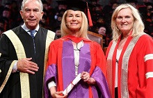 Cheryl McEwen encourages Schulich grads to embrace the unknown